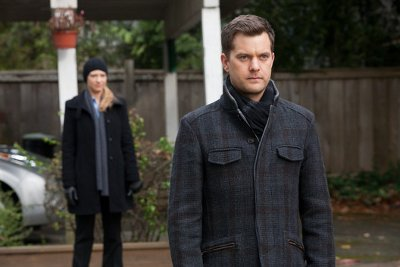 Peter and Olivia track down a serial killer, again.